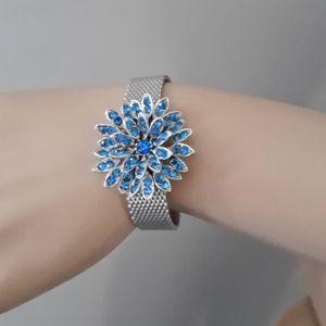Vtg Mesh Bracelet Rhinestone Flower Blue Crystals